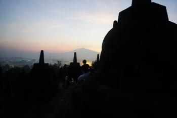 BOROBUDUR SUNRISE PLUS PRAMBANAN TEMPLE TOUR